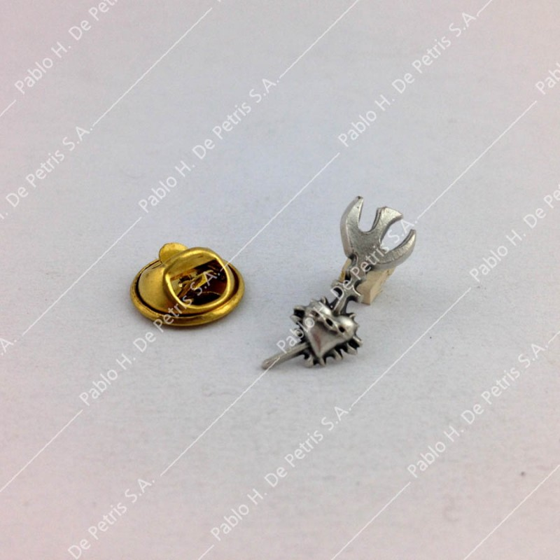 3438 - Pin